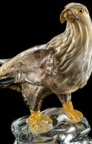 Gorgeous work of art depicting a falcon entirely handmade by our Murano glass masters.