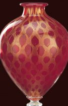 Red gold vase made of Murano glass, the effect given by 24K gold is in the shape of a