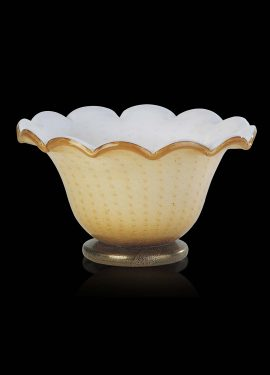 Gold blown cup vase made of Murano glass. The use of 24K gold fused with pagliesco Murano glass enhances its beauty.