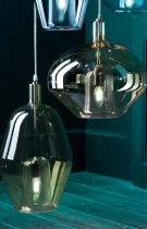 Egle Hanging Suspension Lamps Murano Glass according to ancient Venetian traditions. The shapes of the glass are various and all made with smooth glass, both the external sphere and the internal glass.